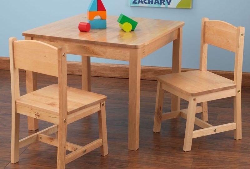 mesas-y-sillas-ninos-consejos-para-montar-las-sillas-online