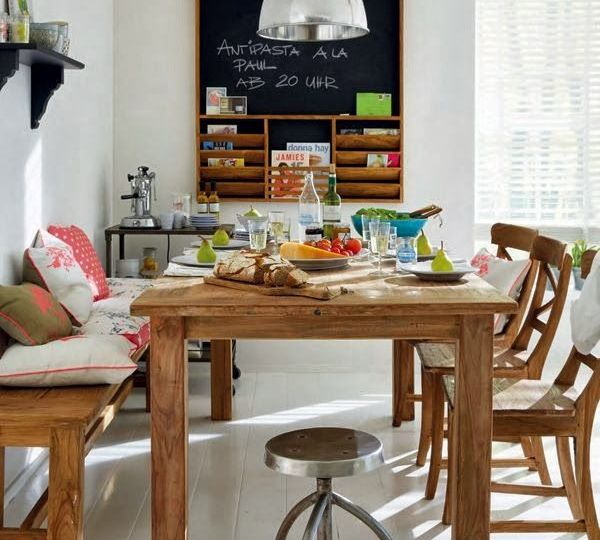 mesas-y-sillas-salon-ideas-para-instalar-las-sillas-online