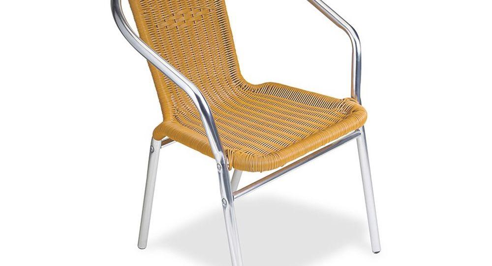 silla-de-terraza-lista-para-instalar-las-sillas-on-line