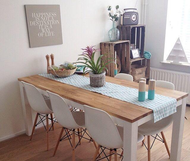 sillas-blancas-comedor-ideas-para-instalar-las-sillas-on-line