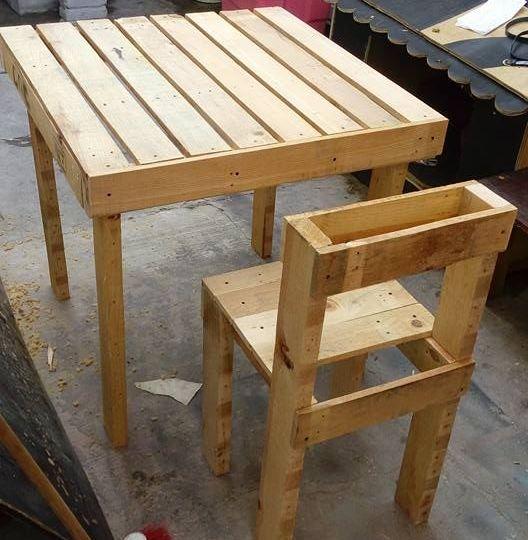 juegos-de-mesas-y-sillas-para-bar-trucos-para-comprar-la-mesa-online
