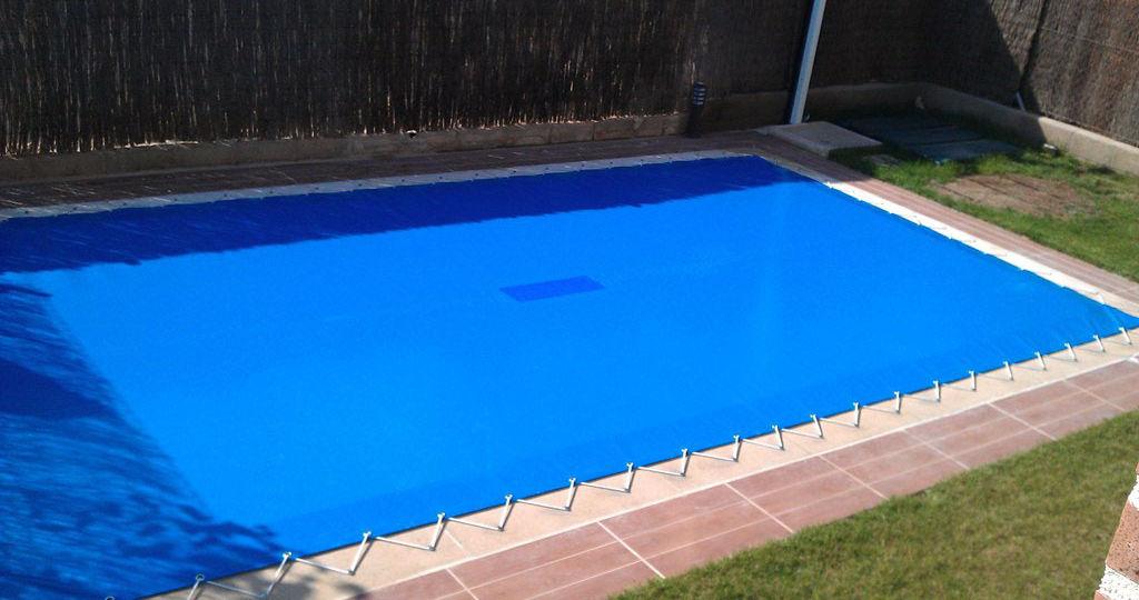 lonas-para-piscinas-consejos-para-comprar-tu-piscina-online