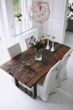 mesas-comedor-rusticas-baratas-trucos-para-montar-la-mesa