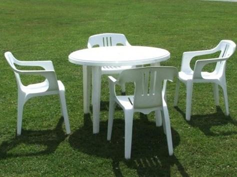 mesas-plastico-jardin-catalogo-para-comprar-la-mesa-online