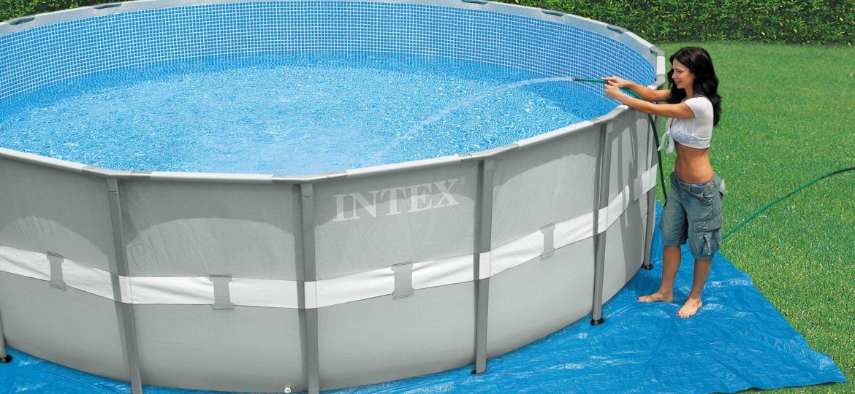 piscinas-de-jardin-consejos-para-montar-la-piscina-on-line
