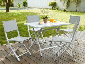 sillas-y-mesa-terraza-consejos-para-montar-tu-mesa-online
