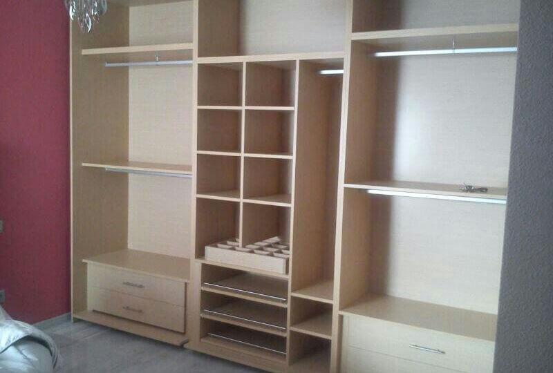 accesorios-para-armarios-y-vestidores-catalogo-para-montar-tu-armario