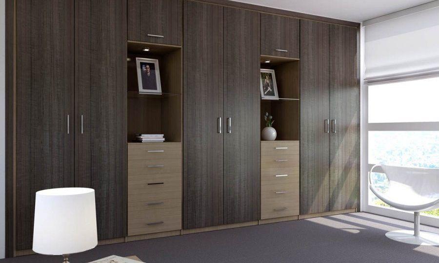 armario-blanco-con-espejo-trucos-para-montar-el-armario-on-line