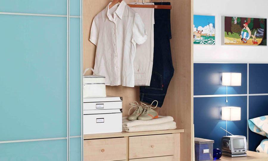armario-habitacion-matrimonio-trucos-para-montar-el-armario-on-line