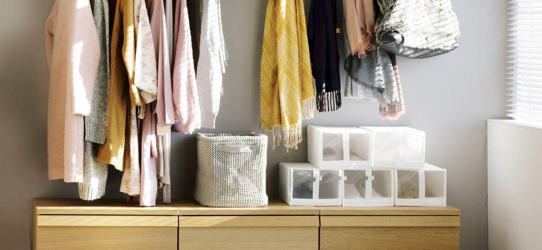 armario-joyero-pared-trucos-para-comprar-el-armario-online