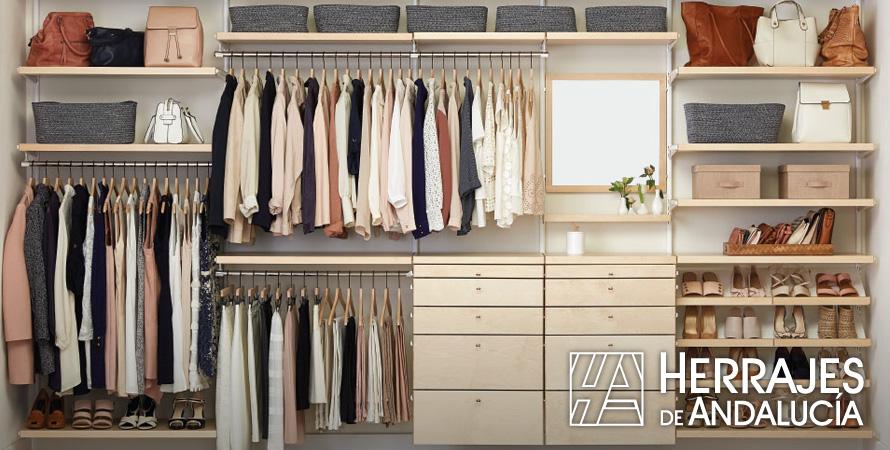 armarios-de-cristal-trucos-para-montar-el-armario-online