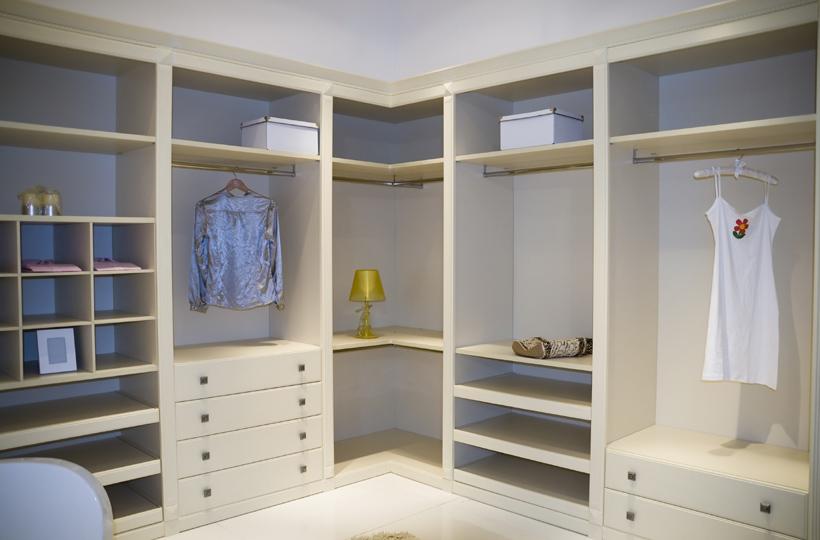 armarios-empotrados-sin-puertas-opiniones-para-montar-tu-armario-online