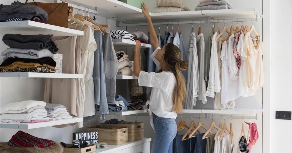 armarios-esquineros-baratos-trucos-para-montar-el-armario-online