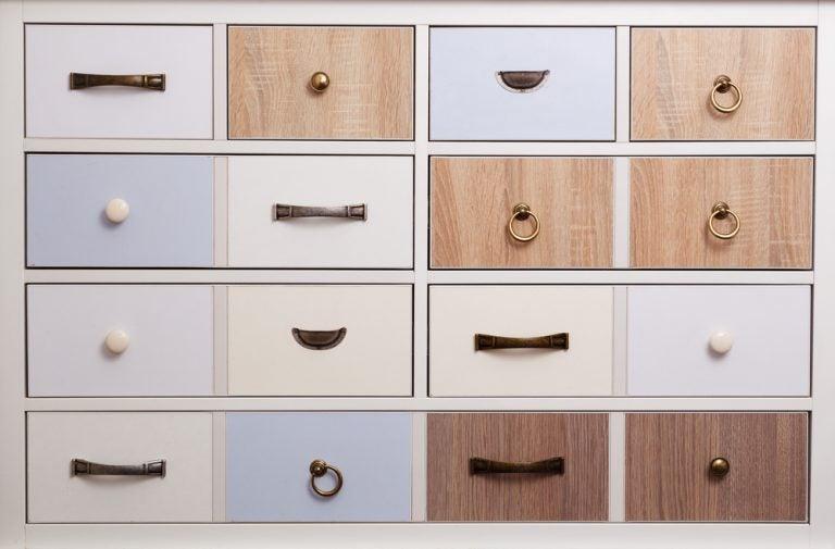 armarios-para-salon-consejos-para-instalar-tu-armario-online