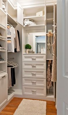 armarios-sin-puertas-baratos-ideas-para-montar-el-armario-on-line