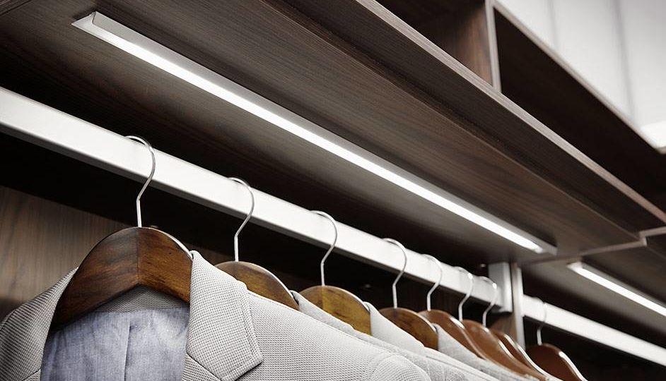 iluminacion-armarios-empotrados-catalogo-para-instalar-tu-armario