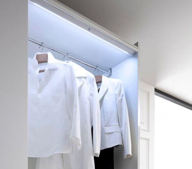 iluminacion-armarios-listado-para-instalar-el-armario-online
