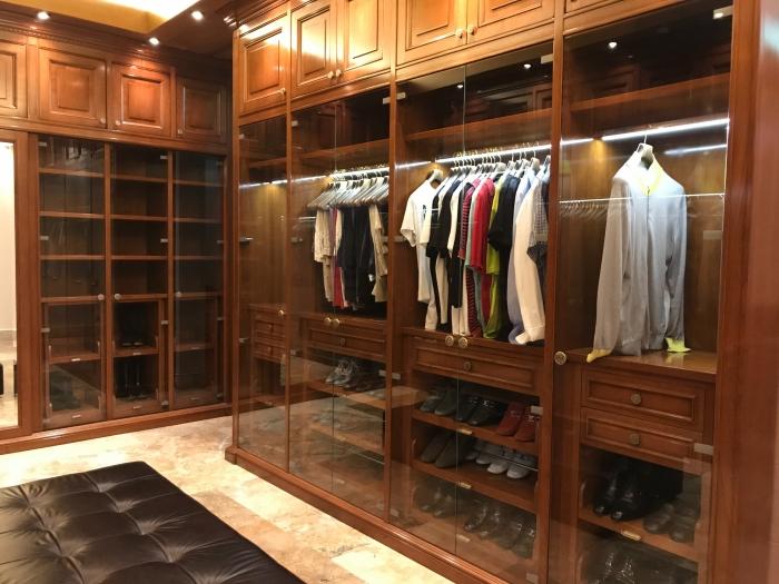 puertas-plegables-para-armarios-empotrados-trucos-para-montar-tu-armario